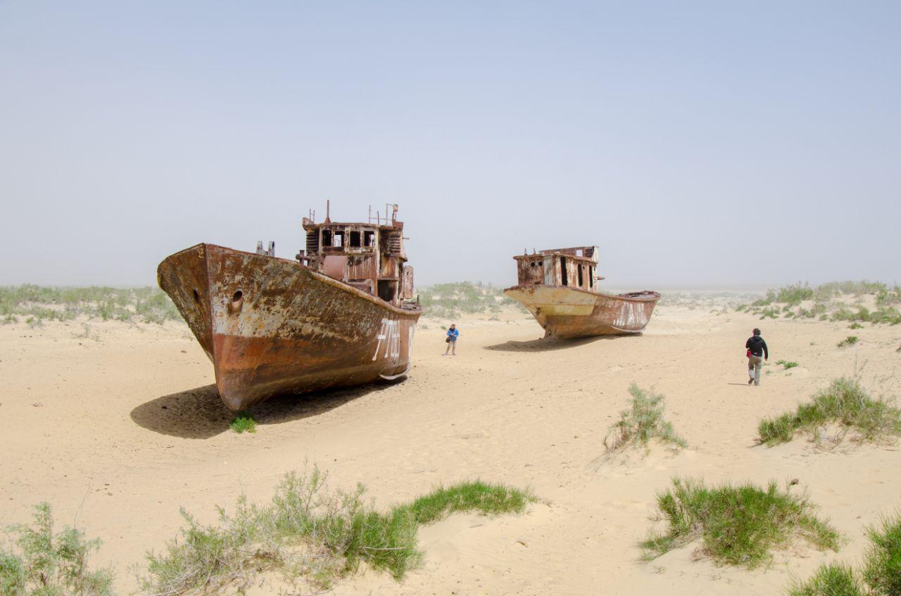 cemetery of ships in Muynak