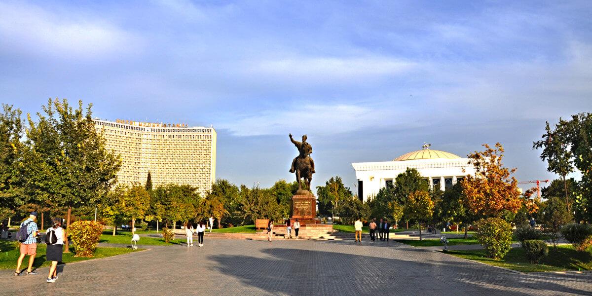 Amir Timur Platz in Taschkent