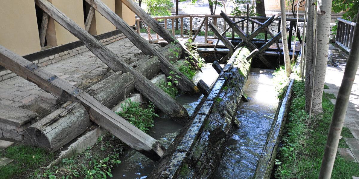 Wassermühle in Seidenpapierwerkstatt