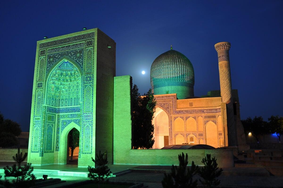 samarkand, gur-emir at night